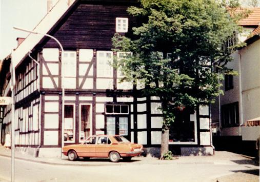Bahnhofstraße 13